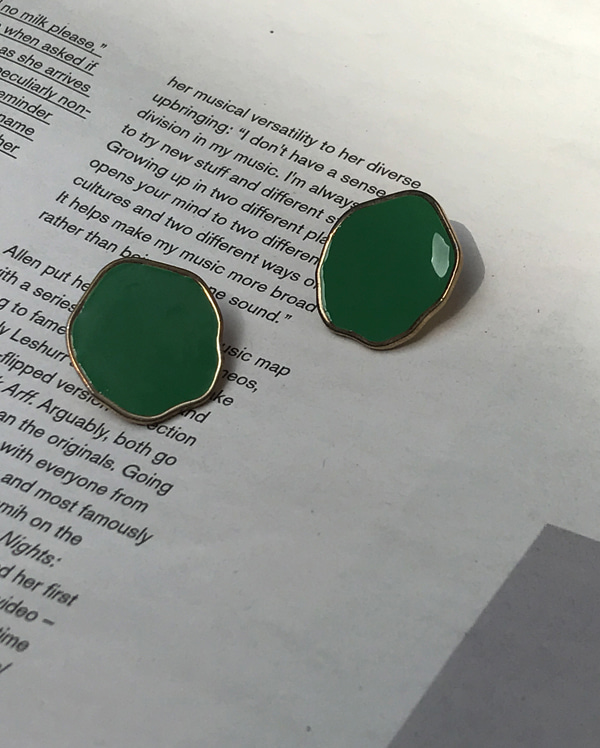 wave green circle earring