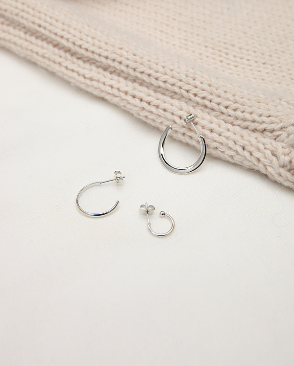 different curve set earring