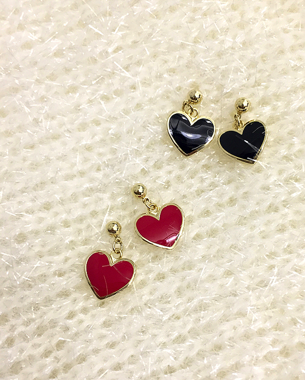 heart point earring (2 colors)