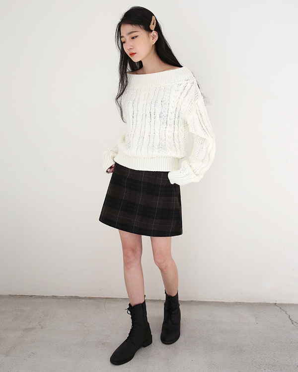 calm mini check skirts (s, m)